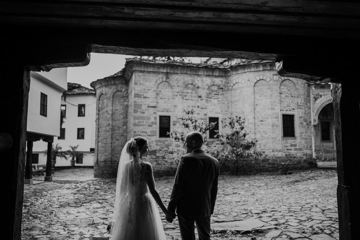Сватбена фотография Троян | The Art Studio