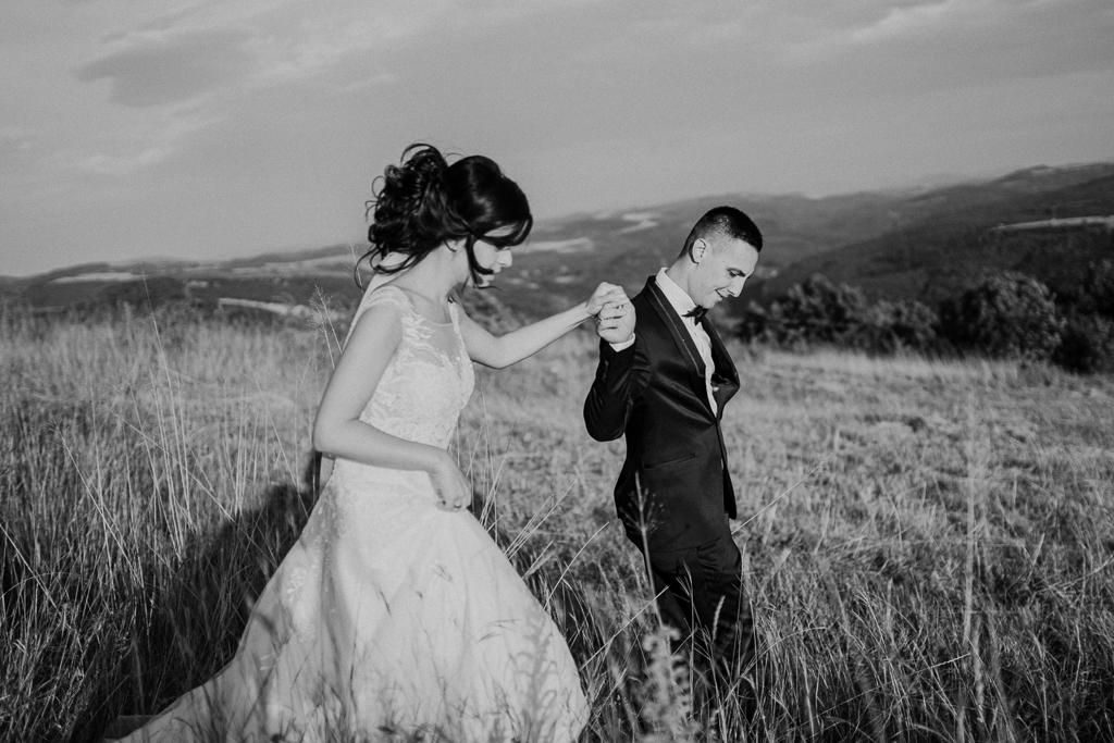 Сватба в гората | The Art Studio