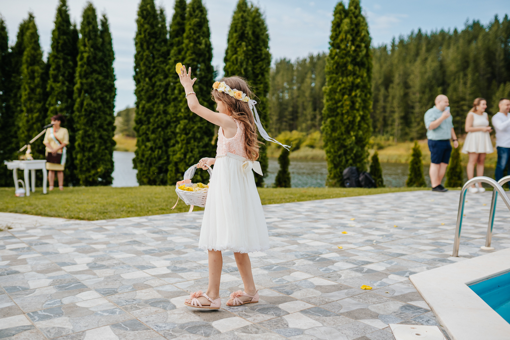 Цвети и Миро – Ловна резиденция Скалско | The Art Studio